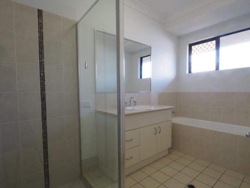17 Conway Close, Bentley Park QLD 4869