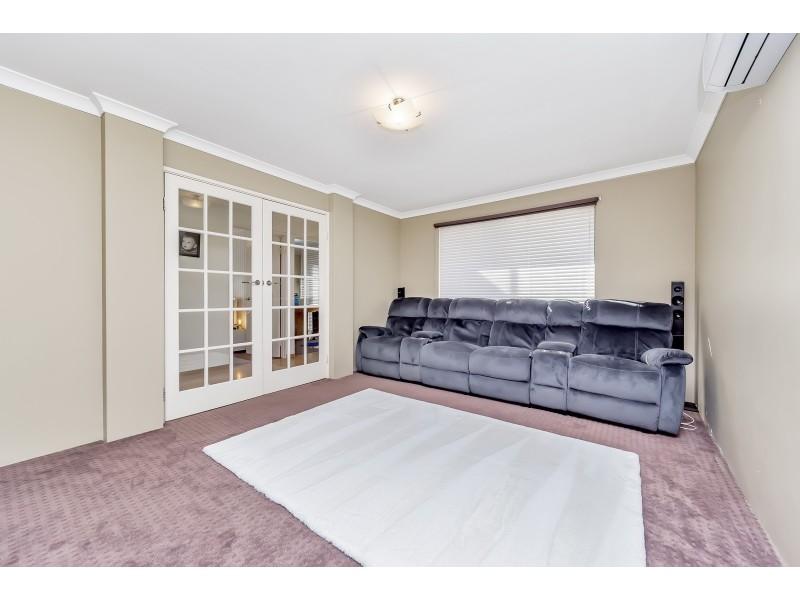 11 Hayes Court, Ravenswood WA 6208