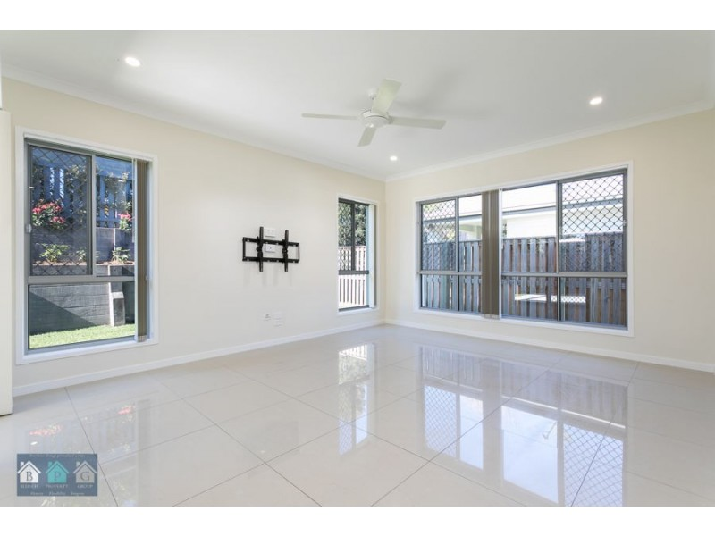 22 Antonio Place, Coomera QLD 4209