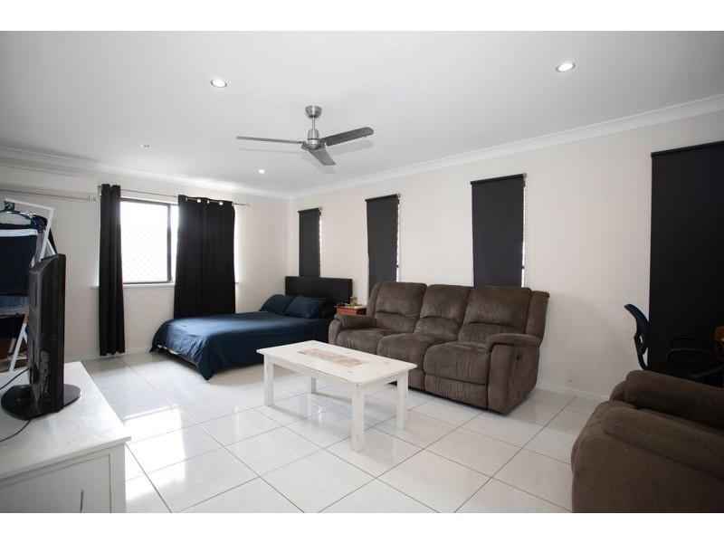 10 Bowden Crescent, Marian QLD 4753