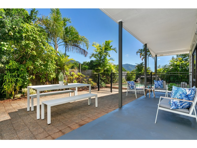8 Sandpiper Court, Bayview Heights QLD 4868