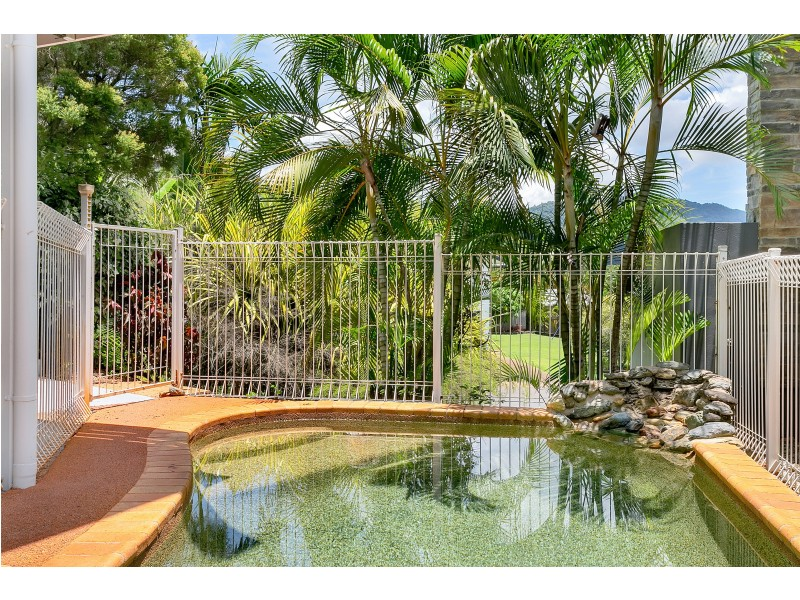 14 Gouldian Street, Bayview Heights QLD 4868