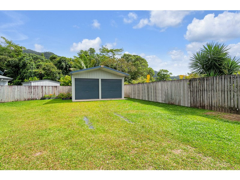 6 Lockyer Crescent, Bentley Park QLD 4869
