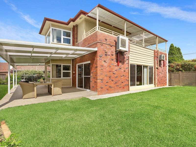 8 Neirbo Avenue, Hurstville NSW 2220