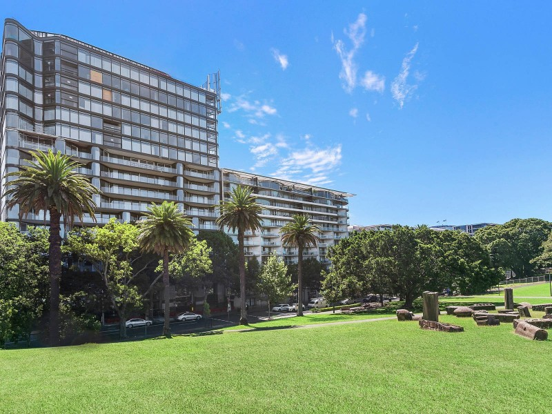 1005/71 Macquarie Street, Sydney NSW 2000