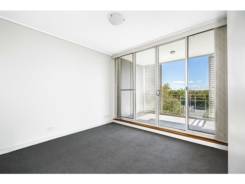 506/1 The Piazza, Wentworth Point NSW 2127