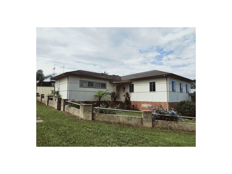 13 Carbin Street, Bowraville NSW 2449