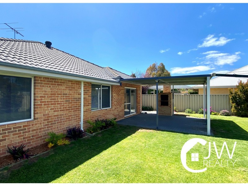81 Beachfields Drive, Broadwater WA 6280