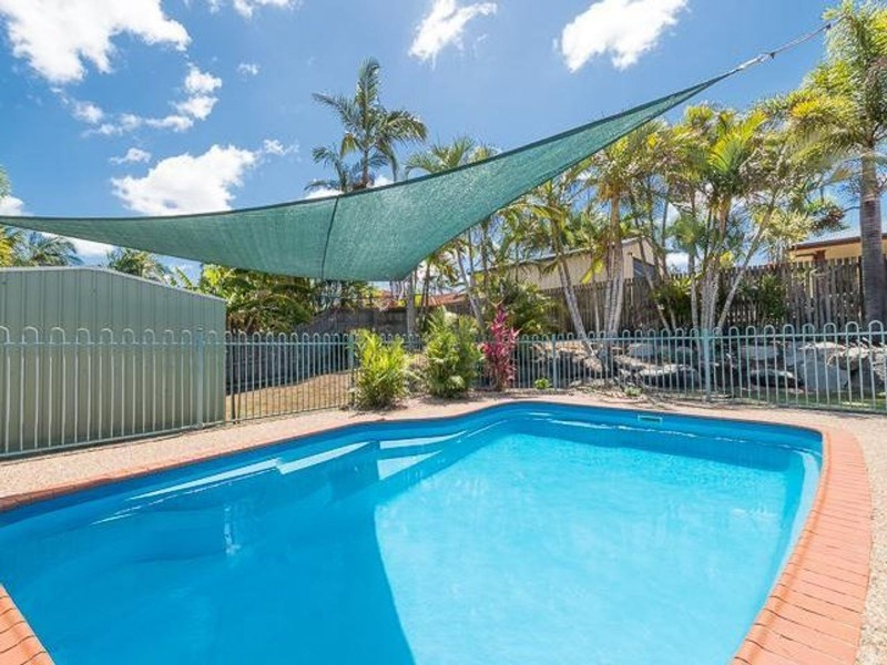 33 Kidston Avenue, Rural View QLD 4740