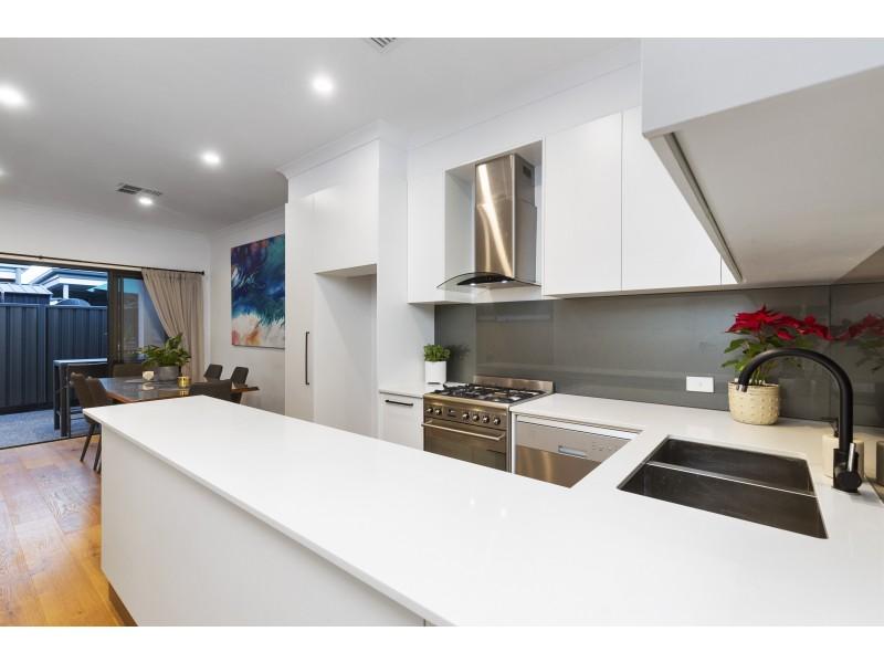 2A Western Avenue, Park Holme SA 5043