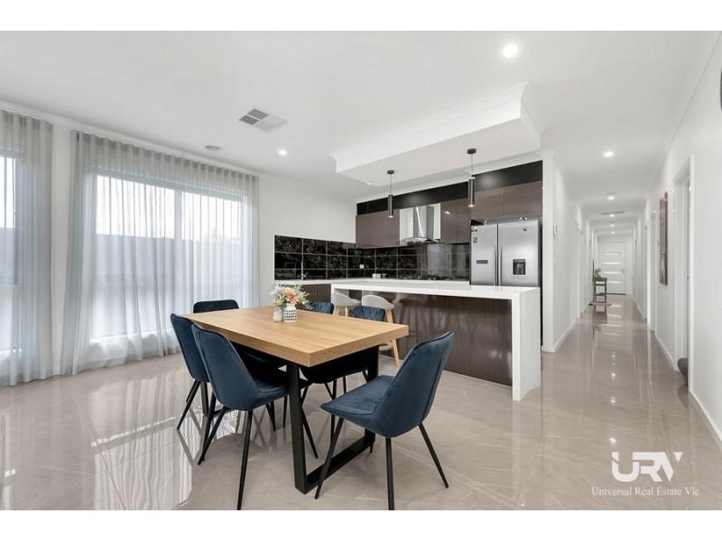 29 Adelong Avenue, Wollert VIC 3750