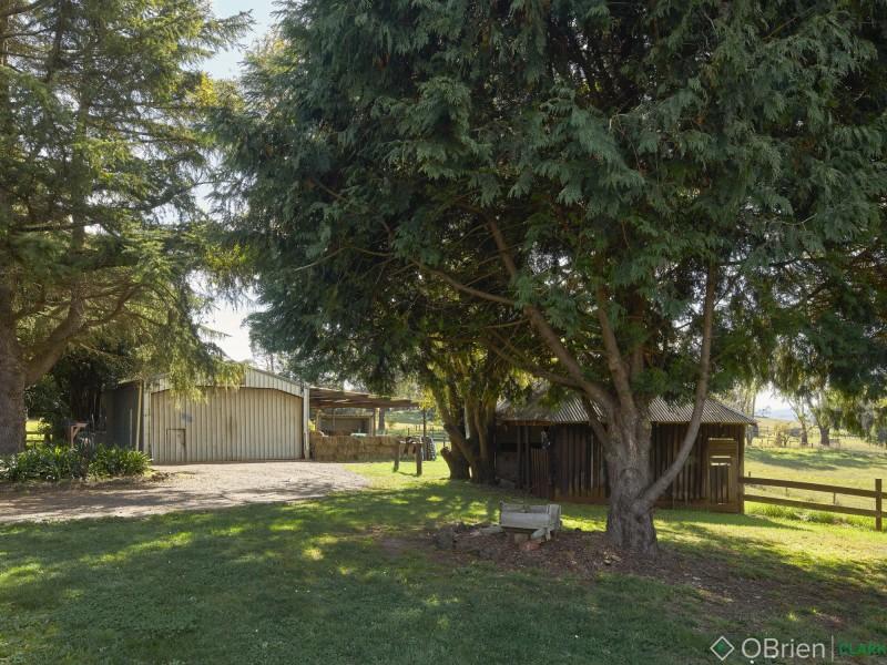 703 Old Sale Road, Brandy Creek VIC 3821