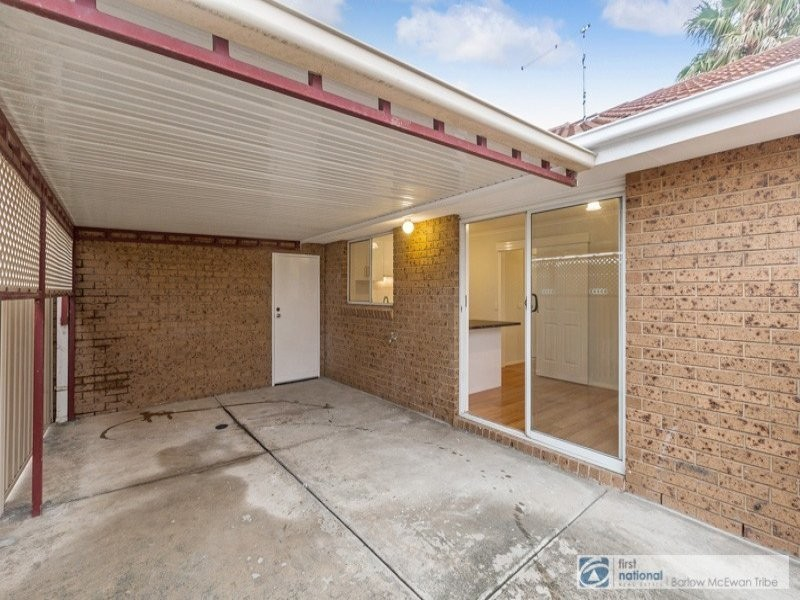 1/9 Dickenson Street, Altona Meadows VIC 3028