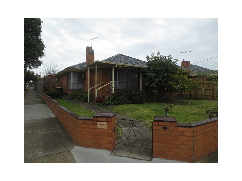 35 First Avenue, Altona North VIC 3025