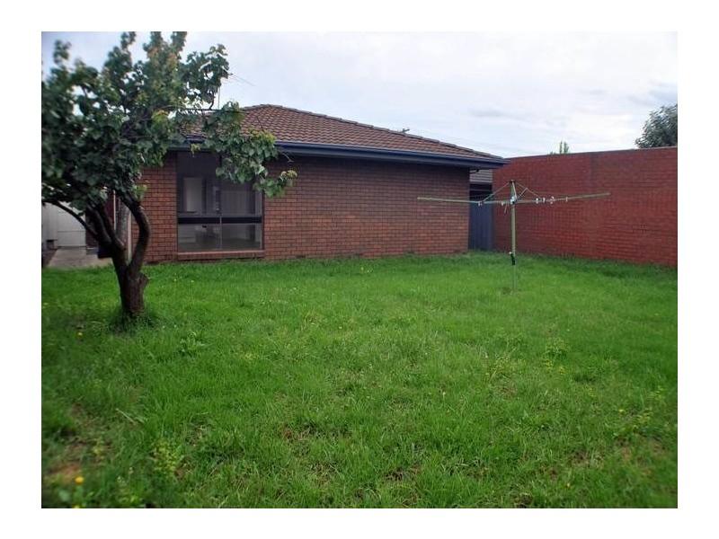 62 Epsom Street South, Altona Meadows VIC 3028