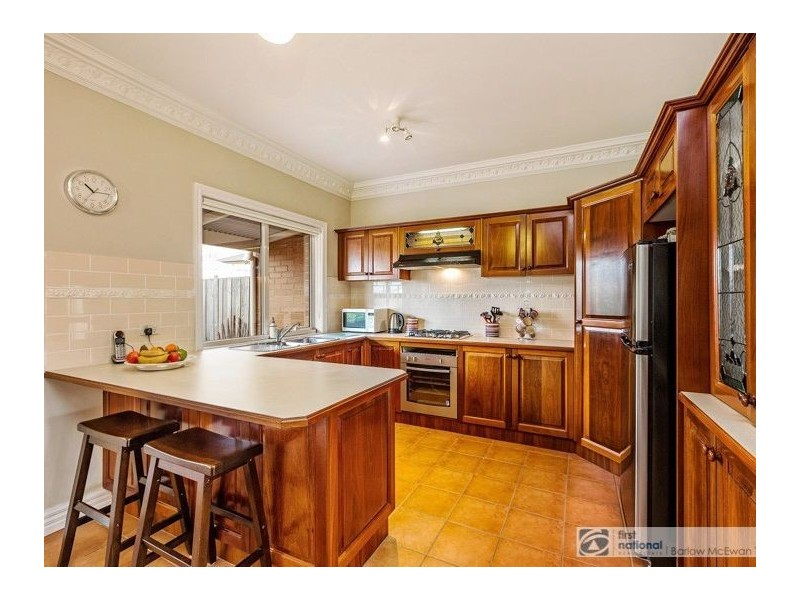 2/37 Curlew Avenue, Altona VIC 3018