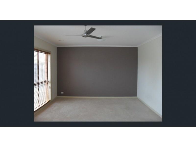 3/9-10 Birkett Court, Altona Meadows VIC 3028
