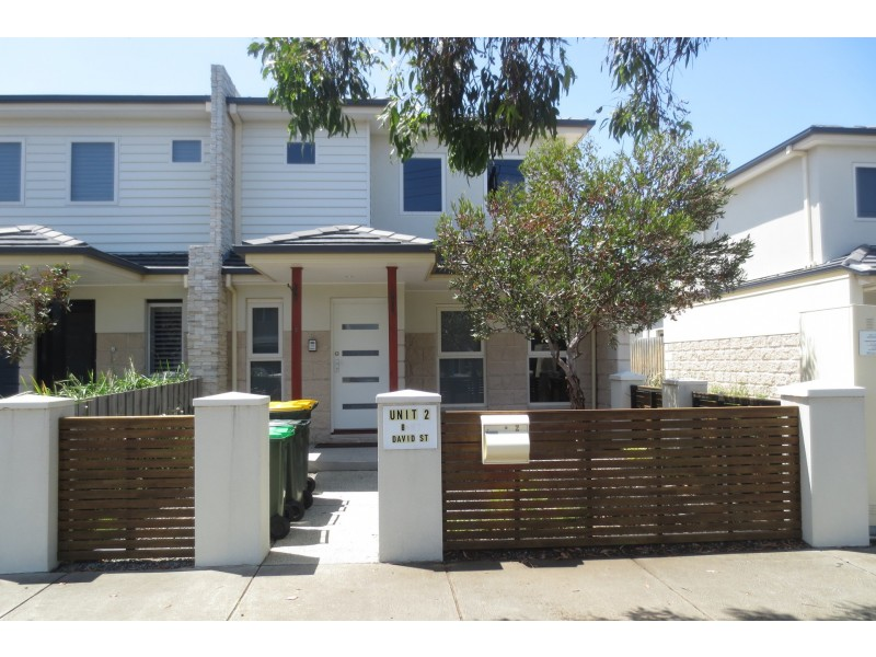 2/8 David Street, Altona VIC 3018