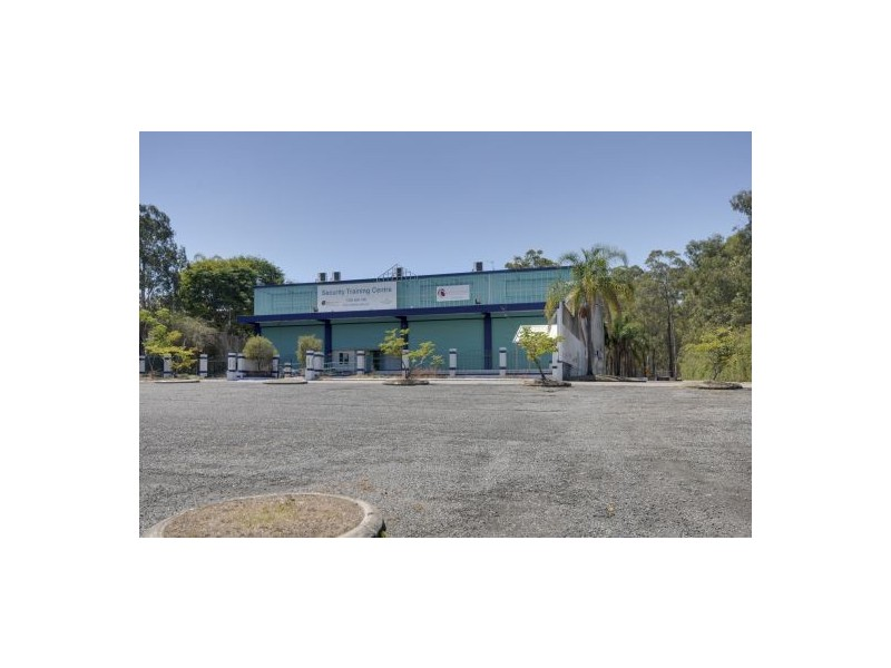 40 Johnson Road, Hillcrest QLD 4118