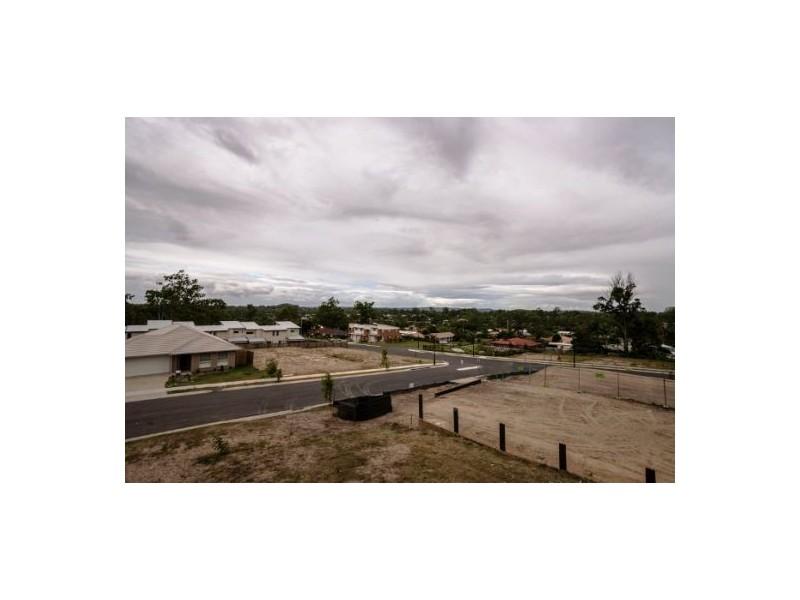 * Oasis Crt, Marsden QLD 4132