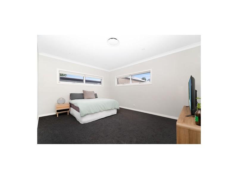 66 KINGFISHER LANE, East Brisbane QLD 4169