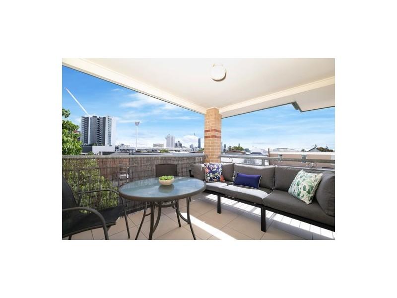 10/25 Lisburn Street, East Brisbane QLD 4169