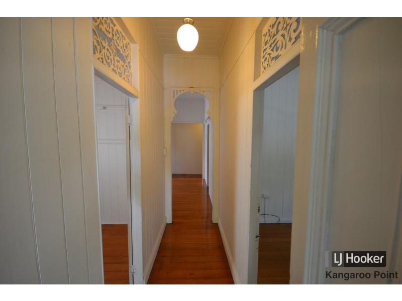 8 Latrobe Street, East Brisbane QLD 4169