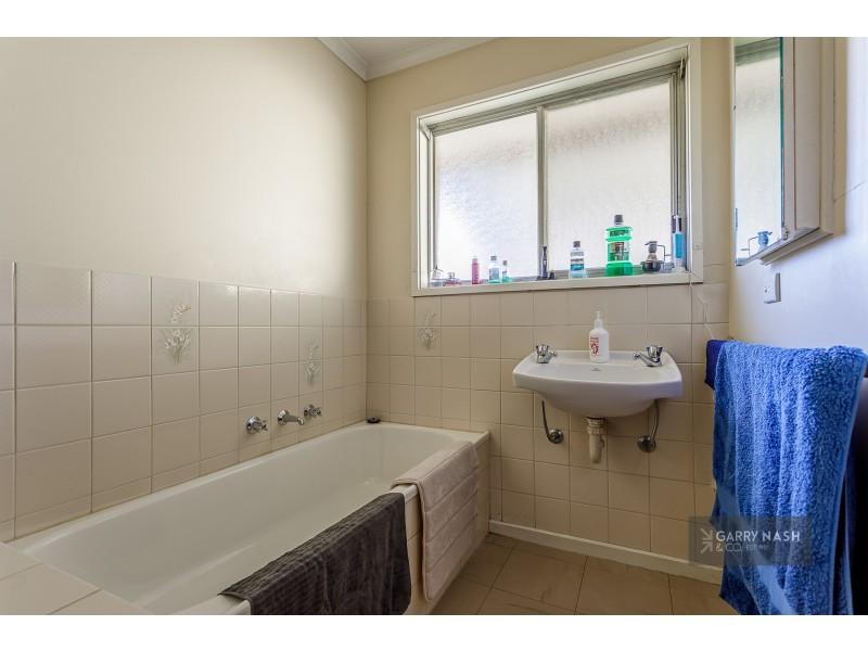 28 Bindall Avenue, Wangaratta VIC 3677