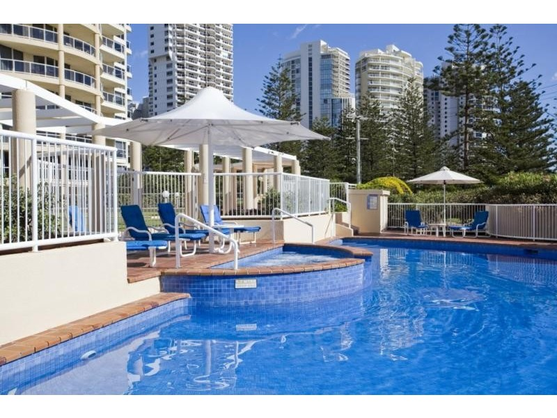 59 Pacific St, Main Beach QLD 4217