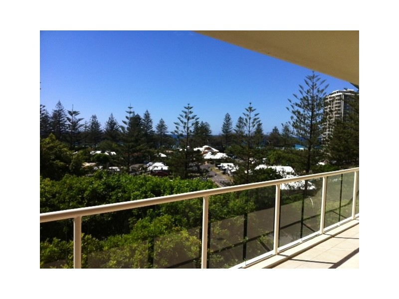 1043/1 Lennie Avenue, Main Beach QLD 4217