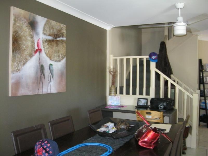 1/156 Greenacre Drive, Arundel QLD 4214
