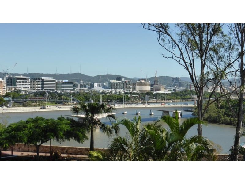 236 river terrace kangaroo point qld 4169 raas real