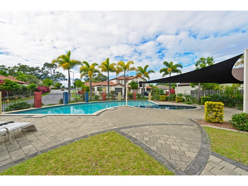 590 Pine Ridge Rd, Coombabah QLD 4216