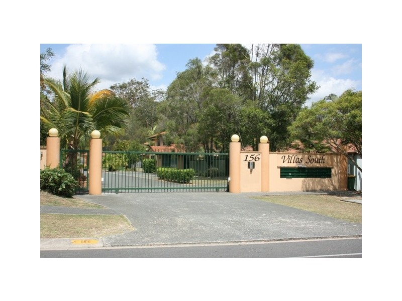1/156 Green Acre Drive, Arundel QLD 4214