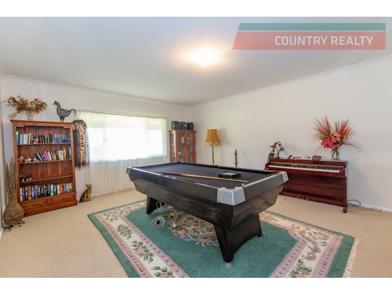 224 River Road, Toodyay WA 6566