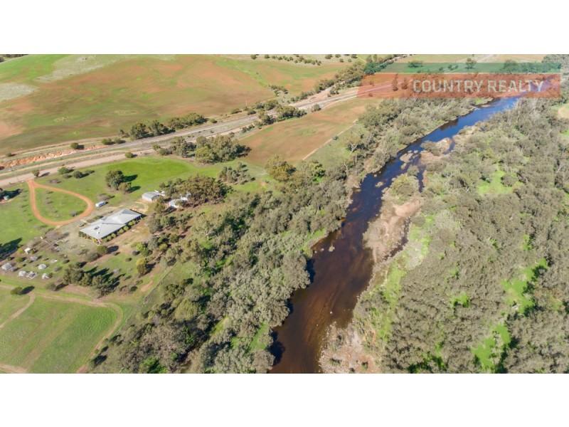 224 River Road, Toodyay WA 6566