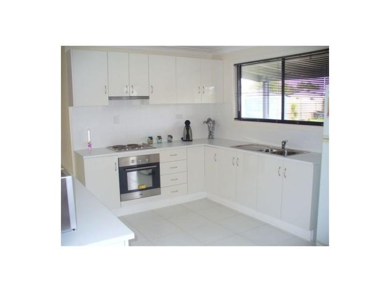 40  Herrenberg Street, Aldershot QLD 4650
