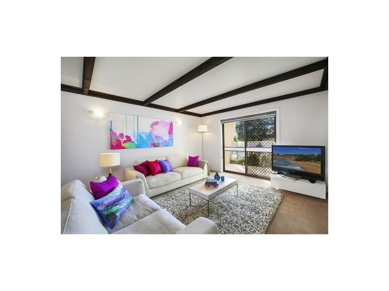 8 Gwydir Street, Bateau Bay NSW 2261