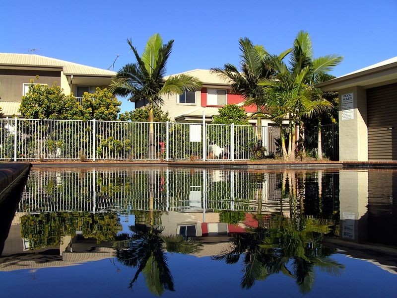 2-8 Meadowbrook Drive, Meadowbrook QLD 4131