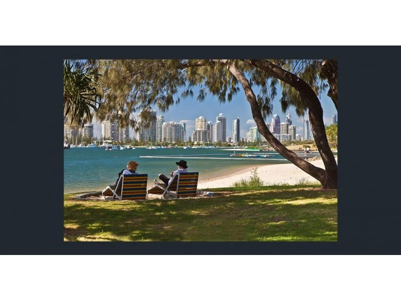 812/2 Barney Street, Southport QLD 4215