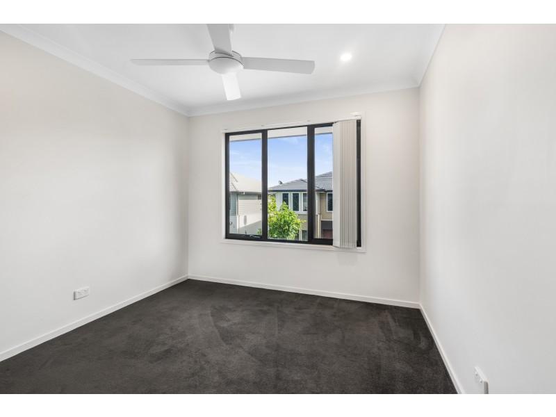 82/370 Gainsborough Drive, Pimpama QLD 4209