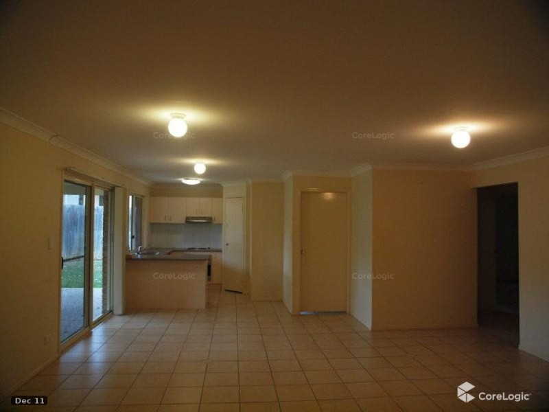 11 Berkshire Place, Springfield Lakes QLD 4300