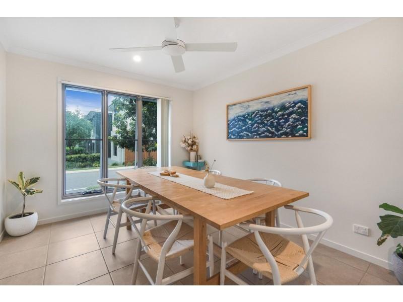 127/370 Gainsborough Drive, Pimpama QLD 4209