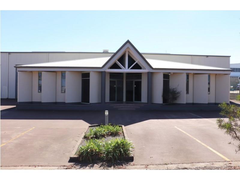 6 STRUAN COURT, Wilsonton QLD 4350
