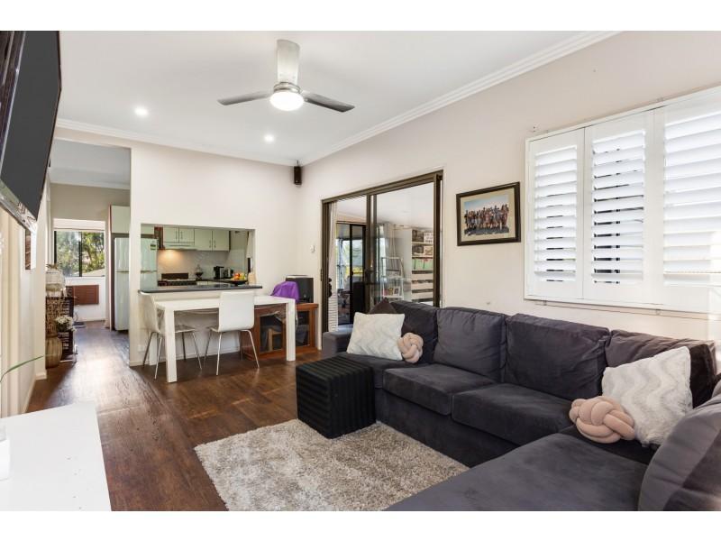 5 Fanny Street, Newtown QLD 4350