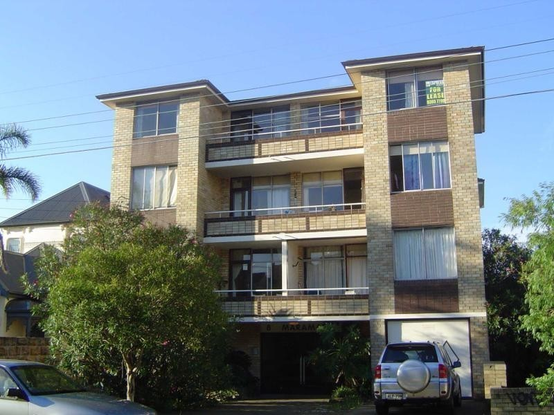 2/8 Kenilworth Street, Bondi Junction NSW 2022