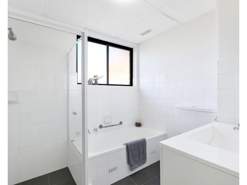 1/18-20 Wellington Street, Bondi NSW 2026
