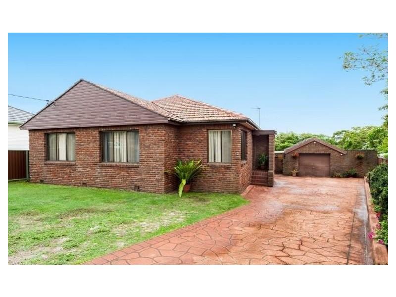 12 Carneige Circuit, Chifley NSW 2036