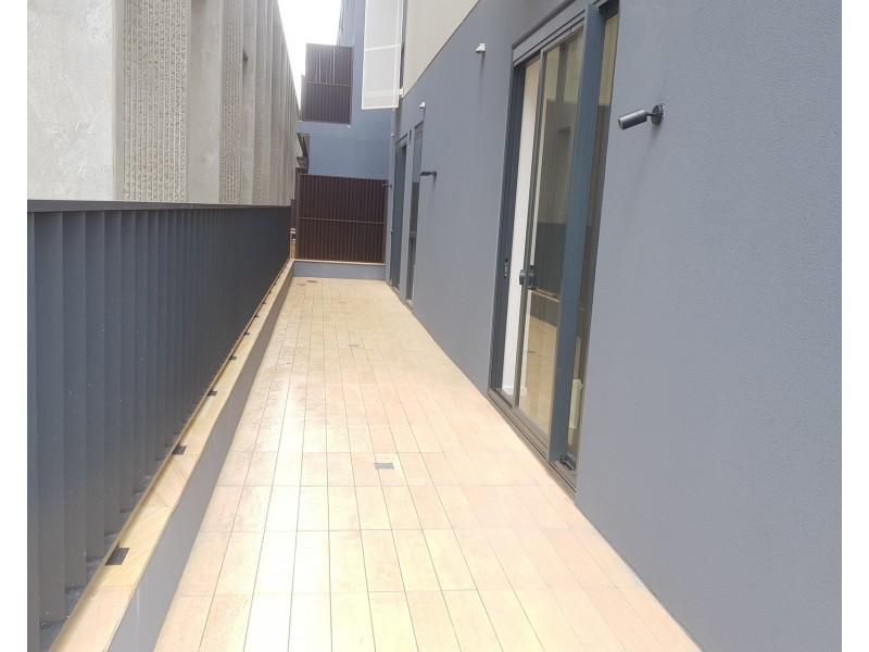G01C/12 Paul Street, Zetland NSW 2017