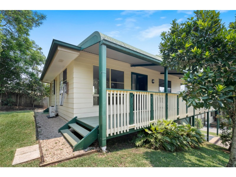 2/9 Colin Street, Bangalow NSW 2479